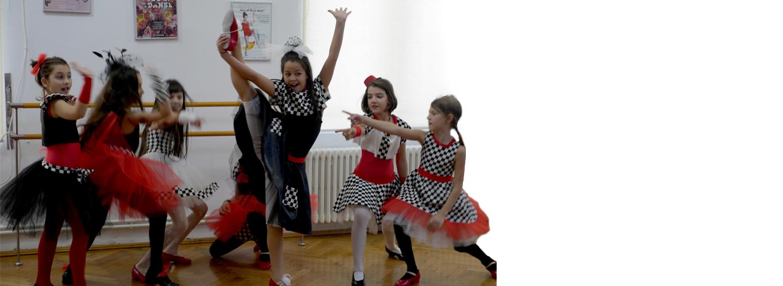 22-jazz-dance-copii-cu-laura2